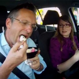 Michael Mosley eating ice cream